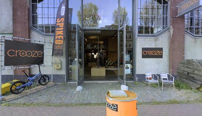 "Bezoek VIRTUEEL de E-Bike showroom van ""CROOZE"" 3D Model"