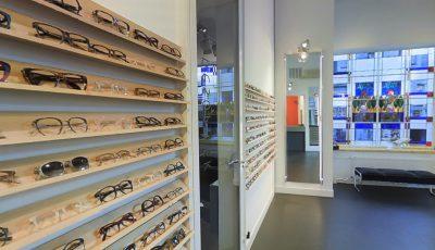 Bezoek VIRTUEEL de brillenwinkel van NESOPTIEK 3D Model